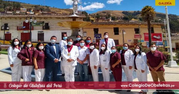 El decano del CRO La Libertad, otorgó merecido reconocimiento a obstetras de la provincia de Patáz