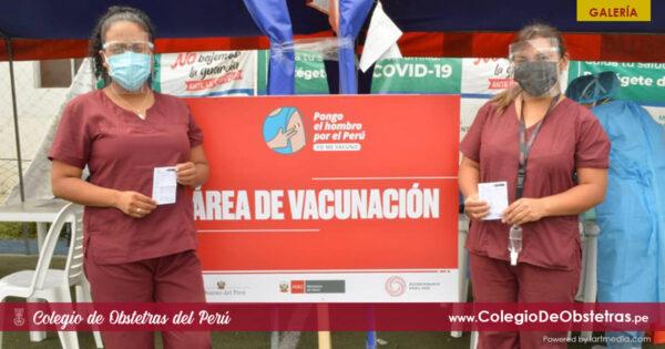 Segunda dosis de la vacuna contra la COVID-19 a obstetras de la práctica privada en el Callao