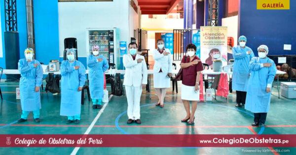 Obstetras de Lima Centro recibieron hoy su primera dosis de vacuna contra la COVID-19