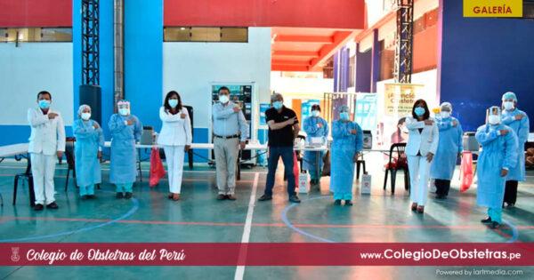 Vacunación de obstetras de Lima Centro y aquellos que no figuraban en otras listas de vacunación