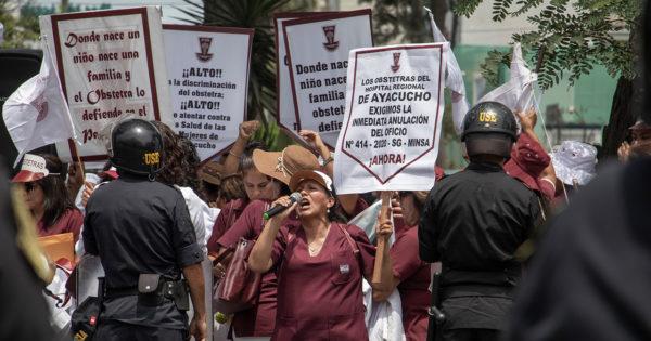 WAYKA – PROTESTA REALIZADA FRENTE AL MINSA
