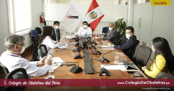 EL PRESIDENTE DEL CONSEJO DE MINISTROS SE REUNIÓ CON REPRESENTANTES DEL CONSEJO NACIONAL DE DECANOS