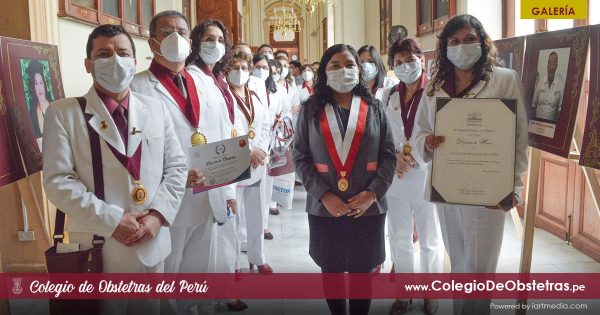 GALERÍA: CONGRESO DE LA REPÚBLICA RINDE HOMENAJE A OBSTETRAS