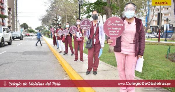 Hoy el COP abrió sus puertas para vacunar a obstetras de Lima Centro